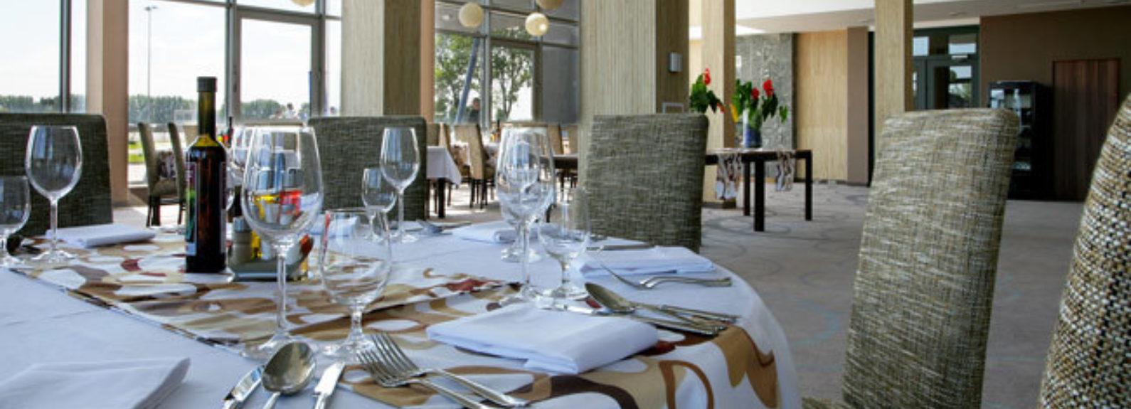 Restauracia 002