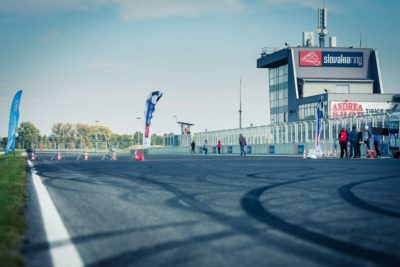 https://slovakiaring.sk/assets/uploads/matrix/gallery/_crop400/csm_2016-10-16-bike-attack-100-087_3e4f9208e9.jpg