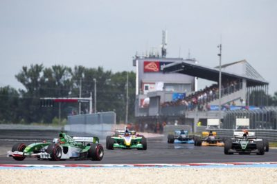 https://slovakiaring.sk/assets/uploads/matrix/gallery/_crop400/csm__REN4692_06ec4518ef_190809_061304.jpg