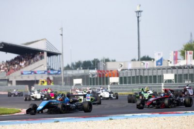https://slovakiaring.sk/assets/uploads/matrix/gallery/_crop400/csm__REN5771_fcd78cbc16.jpg